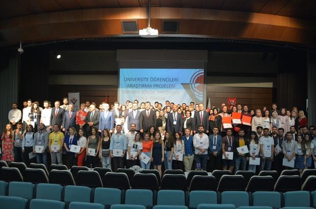 KBÜ'lü öğrenciler 2 kategoride 3 birincilik elde etti