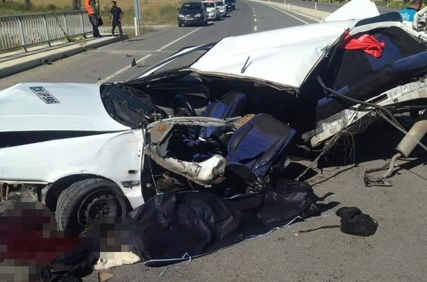 Kütahya'da düğün dönüşü feci kaza: 2 ölü, 3 yaralı