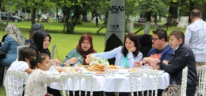 MÜSİAD üyeleri aileleri ile kahvaltıda bir araya geldi