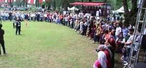 Yüzlerce kişi horon tepti Gölyaka Kültür ve Turizm Festivali renkli görüntülere sahne oldu