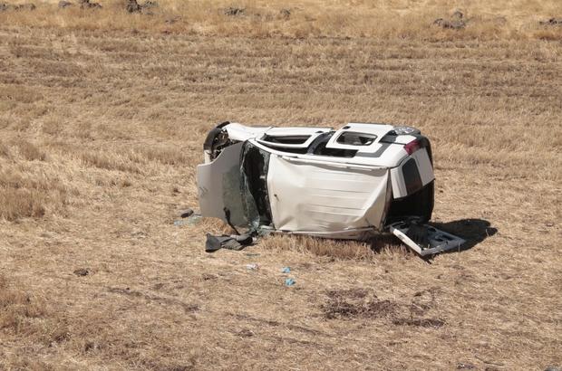Köpeğe çarpmamak direksiyonu kırdı, tarlaya uçtu: 2'si çocuk 5 yaralı
