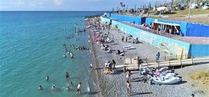 Tuşba Belediyesinin 'Mavi Bayraklı' plajında sezon açıldı