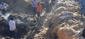 Diyarbakır'da tonlarca saman kül oldu