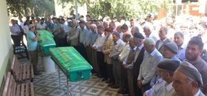 Feci kazada 4 cenaze 3 tabut Ölen kardeşler tek tabuta sığdı