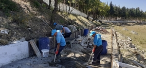 Demirci'nin yeni mezarlık alanında çalışmalar sürüyor