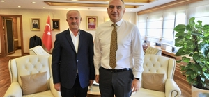 Başkan Akman'dan Bakan Ersoy'a ziyaret