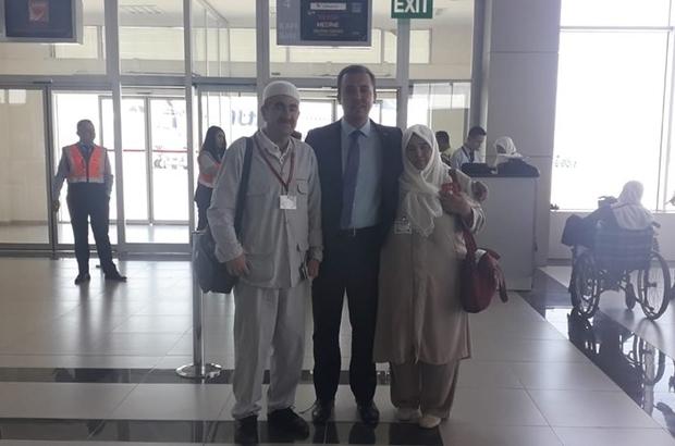 Hac ibadeti için kutsal topraklara giden şehit ailesini havalimanından kaymakam uğurladı