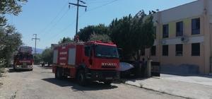 Aydın'da fabrika yangını; Zehirlenen bir kişi hastaneye kaldırıldı