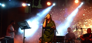 Perşembe'de Tuğçe Kandemir ve İsmail YK konseri