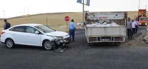 Diyarbakır'da iki ayrı trafik kazasında 7 kişi yaralı