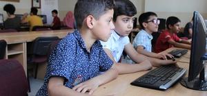 Vanlı çocuklar geleceği kodluyor Çocuklar çevrimiçi oyunlarını kendileri tasarlıyor