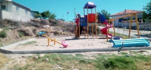 Yunusemre'de oyun parkları onarılıyor