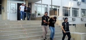 93 kilo esrarla yakalanan şahıslardan ikisi tutuklandı Uyuşturucudan tutuklanan şahıs aile üyelerine 'sizi seviyorum' diye seslendi