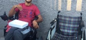 Suriyeli engelli gencin akülü sandalye heyecanı