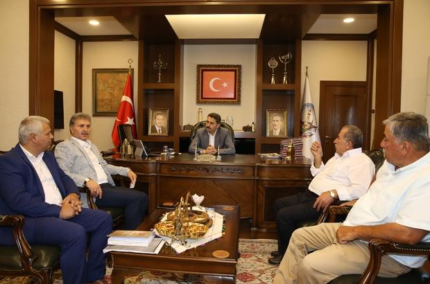 Başkan Eroğlu, taksicilerle bir araya geldi