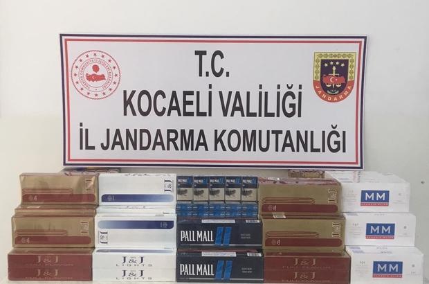 Takside kaçak sigara transferine operasyon: 2 gözaltı Takside yapılan aramada 800 paket kaçak sigara ele geçirildi