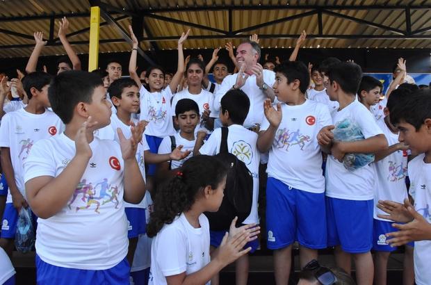 Germencik'te yaz spor okulu öğrencileri sevindirildi
