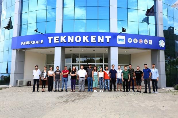 Pamukkale Üniversitesi öğrencileri büyük başarıya imza attı Öğrenciler projeleriyle hayata dokunacaklar
