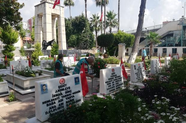 Denetimli serbestlik yükümlüleri, Tarsus Şehitliğini temizledi