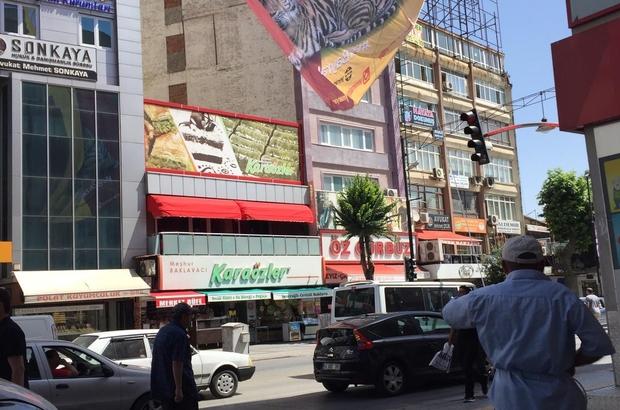 Malatya'da 'bir bayrak da sen as' kampanyası
