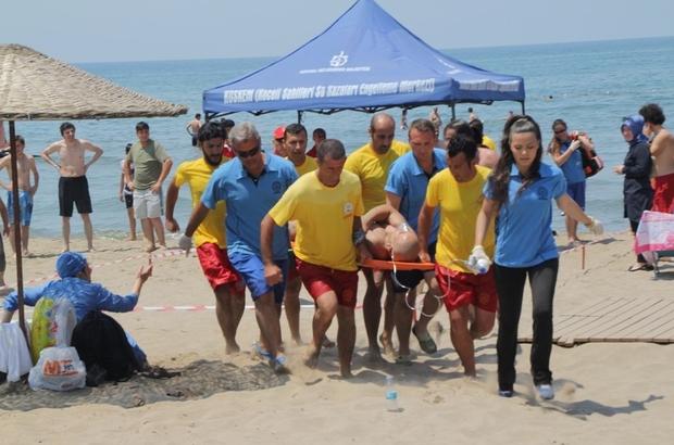Kocaeli'nin plajlarında hasta nakil hizmeti
