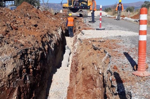 Karacasu Ataköy'de Büyükşehir çalışmalarını sürdürüyor