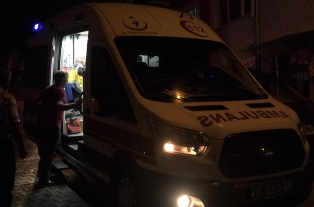 (Özel) Bursa'da evleri yanan aile ölümden döndü Aile fertlerinden 2'si hastanelik olurken 2'si ise 112 ekiplerince olay yerinde müşahade altına alındı