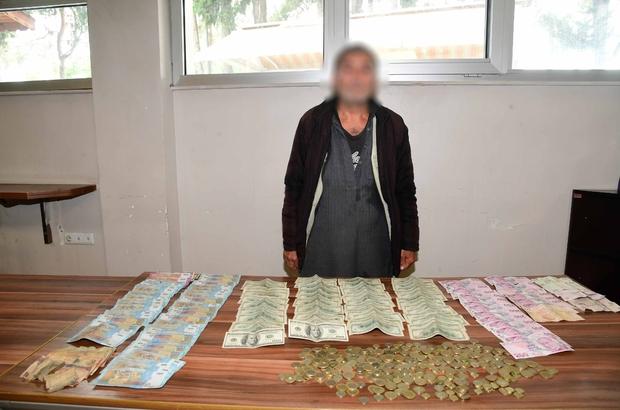 Dilencinin üzerinden servet çıktı Adana'da üzerinden 5500 dolar, 3800 Türk Lirası ve 31 bin Suriye Lirası çıkan Suriye uyruklu dilenciye 153 TL para cezası uygulandı