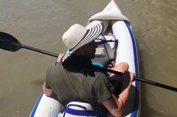 Büyük Menderes'te kano yolculuğu İki maceracı, Büyük Menderes Nehri'ni kanoyla geçti