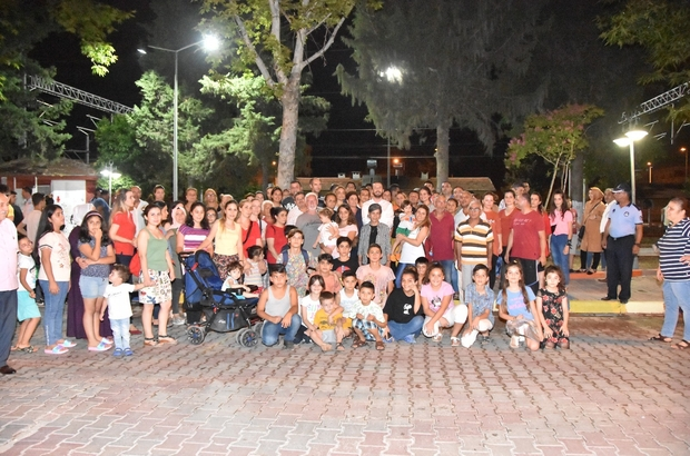 Ceyhan'da Sanat Sokağı aydınlandı