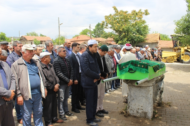 Minik Rıdvan gözyaşları içinde defnedildi Rıdvan'ın ölümünde ihmal olduğu iddiaları sebebi ile C. Savcılığı soruşturma başlattı