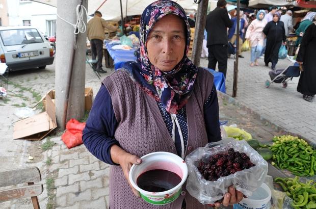 Karadutun kilosu 15 lira Simav'da Pazar tezgahlarının en pahalı meyvesi karadut oldu