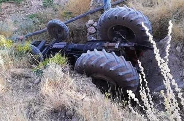 Diyarbakır'da traktör şarampole yuvarlandı: 1 yaralı