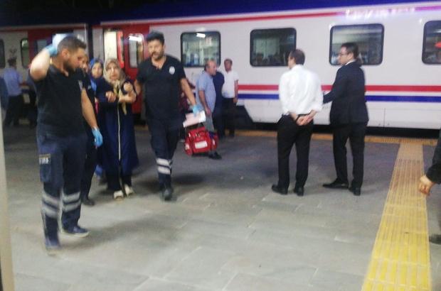 Yolcu treninde kolunu kapıya sıkıştıran kadın hastaneye sevk edildi