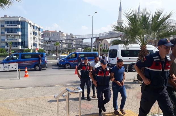 PYD/YPG bünyesinde Suriye'de eğitim alan 5 zanlıya tutuklama İzmir'de PYD/YPG operasyonunda 5 kişi tutuklandı