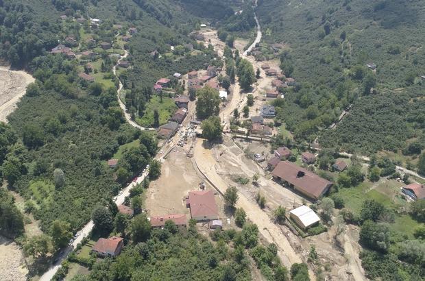 7 kişinin kaybolduğu Esmahanım Köyü'nde yaşayan vatandaşlar felaket anını anlattı Sel sularının büyük bir kısmını yıktığı köprü dikkat çekti