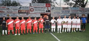 Belediyenin turnuvasında Dereköy şampiyon Turnuvada sürpriz gösteri maçı
