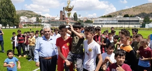 Yaz Kur'an kursu öğrencileri arasında futbol turnuvası düzenlendi
