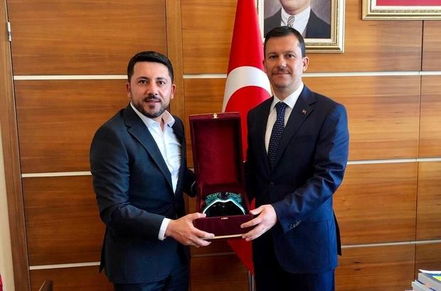 Başkan Rasim Arı, AK Parti Genel Sekreteri Fatih Şahin'i ziyaret etti