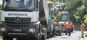 Büyükşehir Belediyesi, şehir genelinde asfalt yenileme çalışmalarına devam ediyor