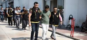 """4 milyon 795 bin Euro çalan güvenlik müdürü kuru ekmeğe muhtaç olmuş Adana'da  4 milyon 795 bin Euro'yu çalıp kaçan Burak Ekinci ve beraberindekiler yakalandı Zanlının alınan ilk ifadesinde """"Hak ettiğim parayı alamadım yaptığıma pişman oldum"""" dediği ileri sürüldü Burak Ekinci'nin 150 bin Euro'dan yaklaşık 45 bin Euro'yu akrabalarına gönderdiği öne sürüldü"""