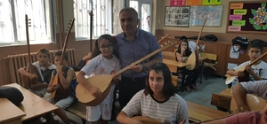 'Değerli zamanlar' projesine Bakan Kasapoğlu'ndan malzeme desteği