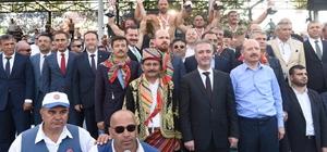 Kurtdere'ye Ali Gürbüz damgasını vurdu Kurtdere'de başpehlivan Ali Gürbüz oldu