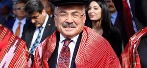 """Fındıkta rakip ülkeler Ordu'da birleşti Ordu Büyükşehir Belediye Başkanı Dr. Mehmet Hilmi Güler, Türkiye'nin fındıkta tarihi ve stratejik bir adım atmasını sağladı. Güler, bu yılın fındık politikasını üreticinin beklediği gibi olmasını sağlarken, fındık alanında birbirine rakip 3 ülkeyi Ordu'da biraraya getirdi Ordu Büyükşehir Belediye Başkanı Dr. Mehmet Hilmi Güler: """"Bu birliktelik Uluslararası Kabuklu Meyveler Konseyi (INC) benzeri bir birlikteliğin de temellerinin atılmasına zemin oluşturacak"""""""