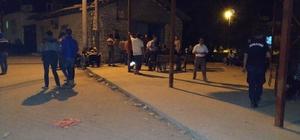 Afyonkarahisar'da artçı depremler devam ediyor Vatandaşlar panik içerisinde geceyi sokakta geçiriyor