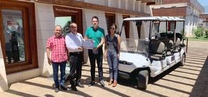 İşadamlarından, Likya Uygarlıkları Müzesi'ne golf arabası bağışı