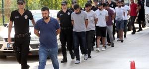 """PKK propagandasına """"sanal terör ekibi"""" geçit vermedi Adana'da sosyal medya hesaplarından terör propagandası yaptığı ileri sürelen 17 kişi adliyeye sevk edildi Zanlılar, terörle mücadele polisleri tarafından kurulan """"sanal devriye"""" ekipleri tarafından tespit edilerek yakalandı"""