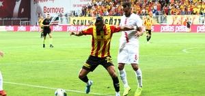 İzmir'de derbi ateşi yanacak Göztepe, ilk 3 puanını Denizlispor karşısında almak istiyor