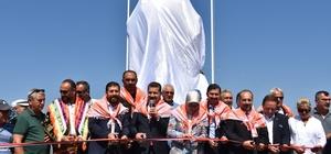 Sındırgı'da pehlivanlar anıtı açıldı