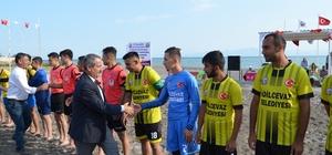 Adilcevaz'da plaj futbolu heyecanı başladı